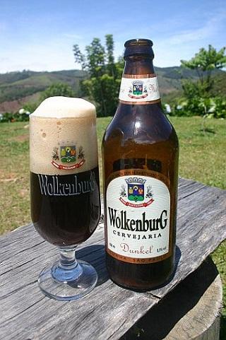Cerveja Wolkenburg Dunkel. Cunha, São Paulo. Imagem: Cervejaria Wolkenburg