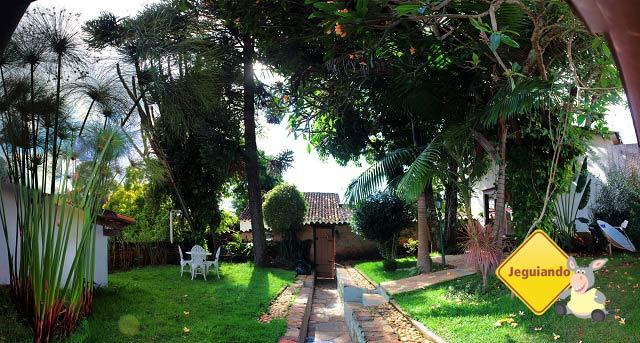 Jardim interno. Imagem: Erik Pzado