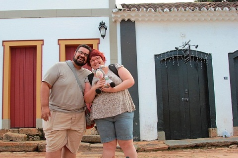 Erik, Jegueton e Jana em Tiradentes, Minas Gerais. Imagem: Jeguiando