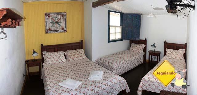Apartamento para 4 pessoas padrão Standard. Pousada do Ó, Tiradentes, MG. Imagem: Erik Pzado