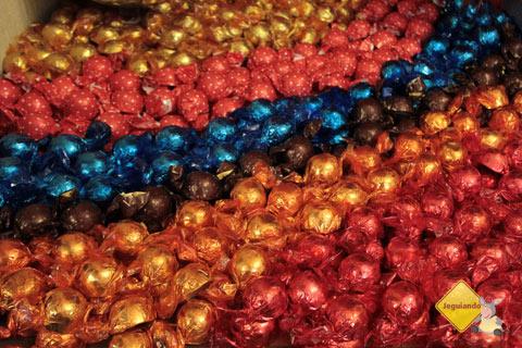 Lojinhas de compotas, biscoitinhos e doces em geral também são encontradas no Largo das Forras, Tiradentes, MG. Imagem: Erik Pzado