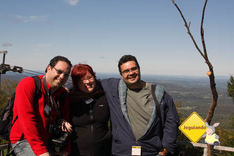 Márcio Nel Cimatti, Janaina Calaça e Erik Pzado em Mont Sutton. Eastern Townships, Canadá. Imagem: Jeguiando