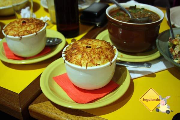 Escondidinho de carne seca! Restaurante Mocotó, São Paulo, SP. Imagem: Erik Pzado
