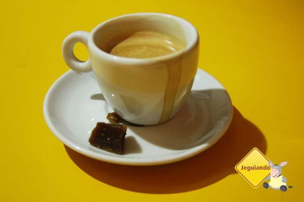 Cafézin e rapadura. Restaurante Mocotó, São Paulo, SP. Imagem: Erik Pzado