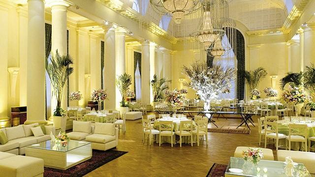 Copacabana Palace: As salas e corredores do hotel, inaugurado em 1923, têm uma decoração que dá ao ambiente um toque de glamour. Imagem: Divulgação