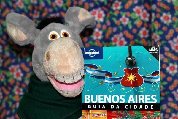 Guia Lonely Planet de Buenos Aires em português! Imagem: Janaína Calaça