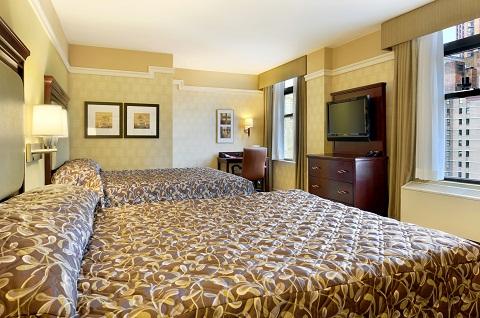 Quarto do hotel Ramada. Conforto de hotel de luxo e tarifas que cabem no bolso é a proposta da rede Apple Core Hotels. Imagem: Divulgação
