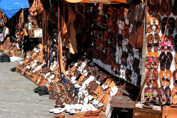 Feirinha de couro na Praça Castro Alves. Salvador, BA. Imagem: Janaína Calaça