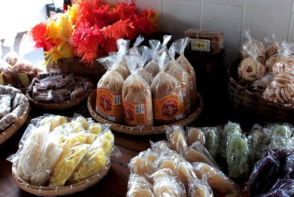 Queijos e doces variados são a especialidade da casa de produtos da roça Vaquinha, em Campanha, MG. Imagem: Janaína Calaça
