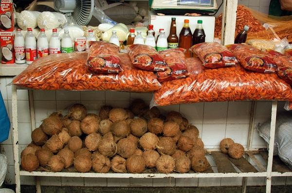Camarão seco, leite de coco, tudo entra na preparação da mesa da Semana Santa em Salvador. Imagem? Erik Pzado