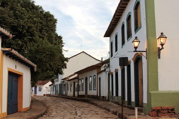 Casarões e ruas de pedra. Tiradentes, MG. Imagem: Erik Pzado