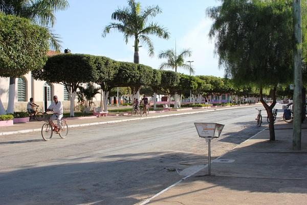 Praça Santana, Ponto Chique, MG. Imagem: Janaína Calaça