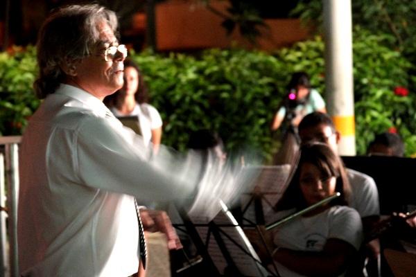 Maestro Alex. Imagem: Janaína Calaça