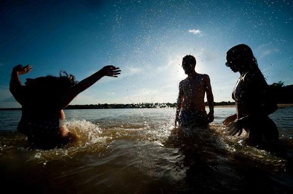 Meninos do rio. Imagem: André Fossati