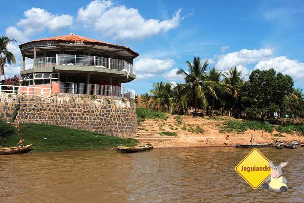 Beira do rio. Imagem: Janaína Calaça