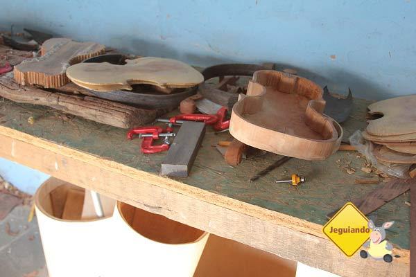 Da madeira à música. Imagem: Janaína Calaça