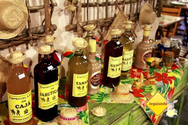 Licor de vários sabores. Imagem: Janaína Calaça