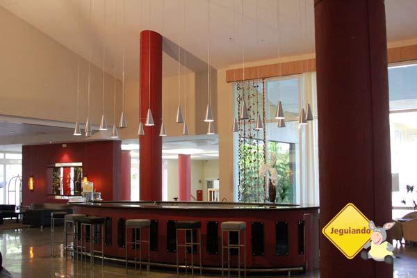 Lobby do Vila Galé Eco Resort Angra. Angra dos Reis, RJ. Imagem: Erik Pzado