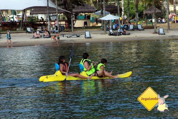 Crianças brincando no mar. Vila Galé Eco Resort de Angra dos Reis, RJ. Imagem: Erik Pzado
