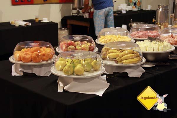 Lanchinhos servidos em frente ao Restaurante Versátil. Imagem: Erik Pzado