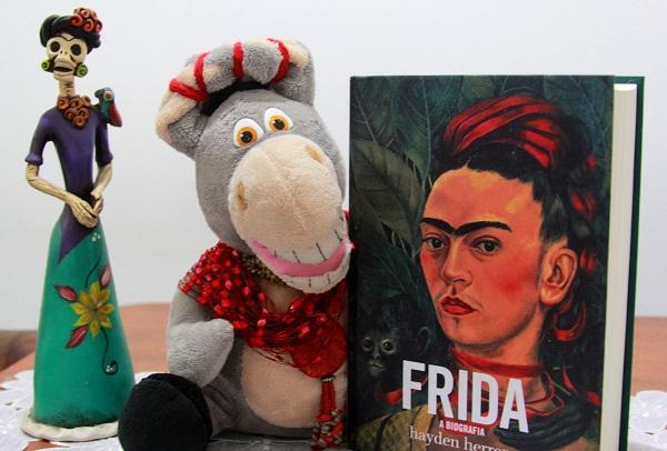 Jeguefrida e Frida - a biografia. Imagem: Janaína Calaça