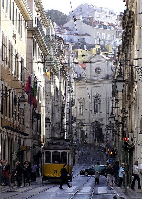 Bonde elétrico de Lisboa. Imagem: Josu.Orbe