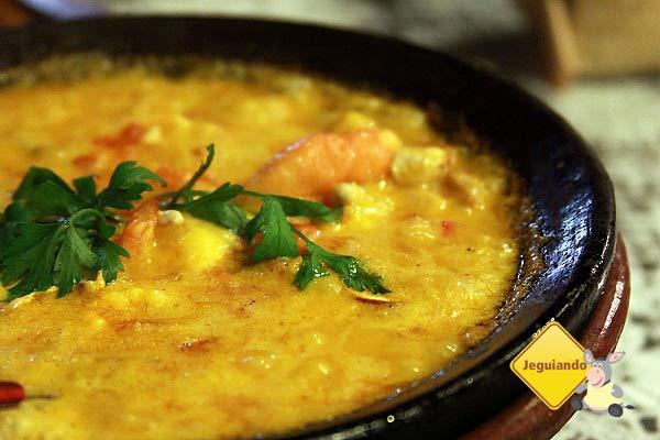 Moqueca de camarão com queijop coalho e castanha da Obá Moquecaria. Imagem: Erik Pzado