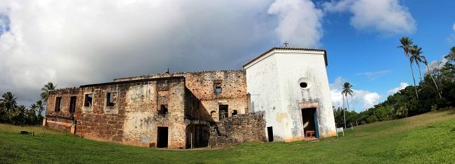 Castelo Garcia D'Àvila. Praia do Forte, BA. Imagem: Erik Pzado
