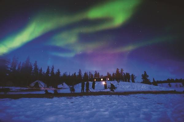 Aurora Boreal na cidade de Yellowknife. Imagem: Divulgação