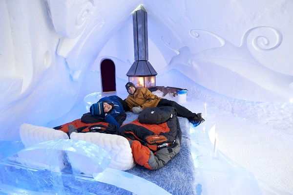 Hotel de Gelo em Quebec. Imagem: XDachez.com