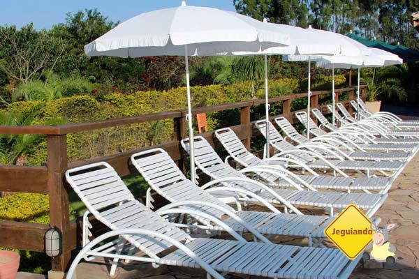 Área da piscina. Canto da Floresta Eco Resort, Amparo, SP. Imagem: Janaína Calaça
