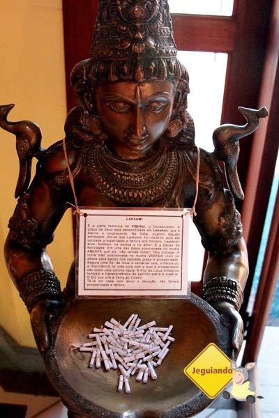 Laskmi, imagem Hinduísta que representa a boa sorte, prosperidade e abundância. Imagem: Erik Pzado