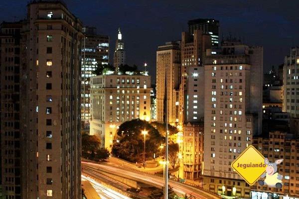 Centro de São Paulo à noite. Imagem: Erik Pzado