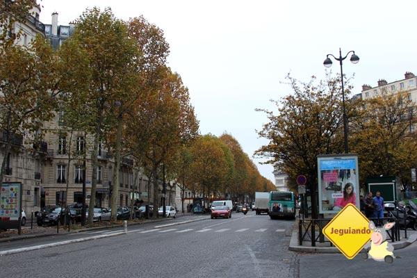 Caminhando em Paris, caminhando como um flâneur. Imagem: Janaína Calaça