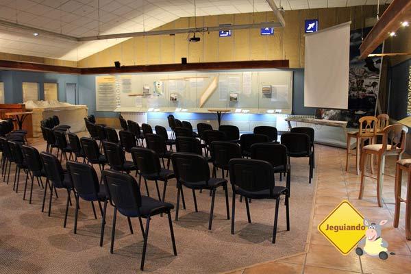 Salão de conferências. Imagem: Janaína Calaça