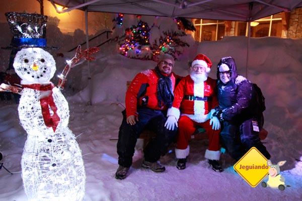 Visita do Papai-Noel a Sun Peaks. Imagem: Ari Paleta para o Jeguiando