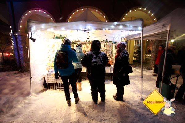 Bazar natalino. Imagem: Erik Pzado