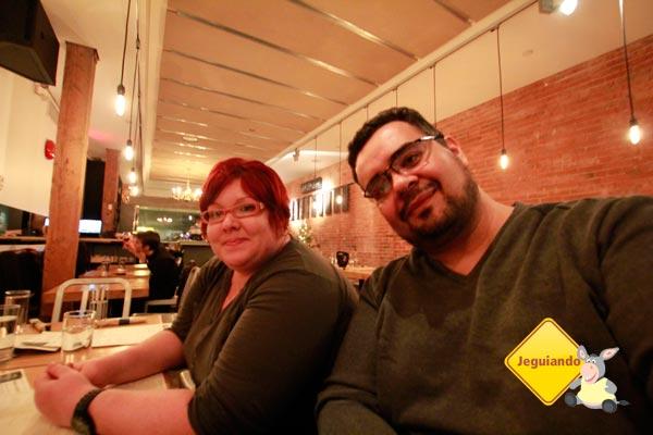 Jana e Erik no Salt Tasting. Vancouver, British Columbia. Imagem: Erik Pzado