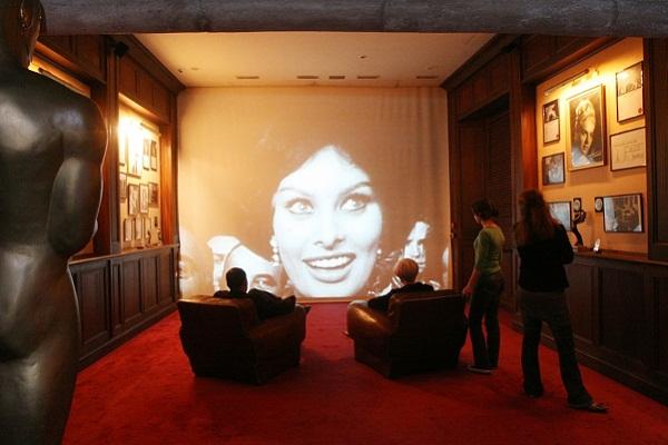 Grand Rex - O maior cinema da Europa fica em Paris. Imagem: Divulgação