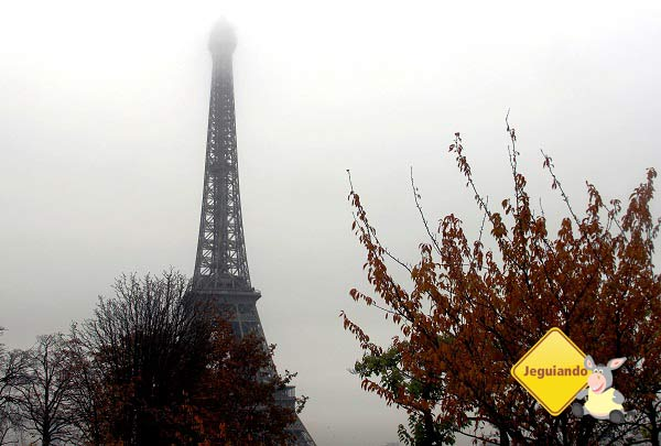 Torre Eiffel em Paris. Imagem: Janaína Calaça