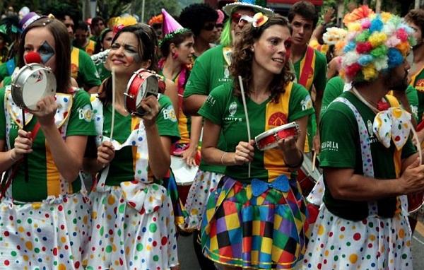 Blocos de carnaval 2013 Rio. Bangalafumenga. Imagem: http:/www.cityshoes.com.br/blog/comecando-a-esquentar
