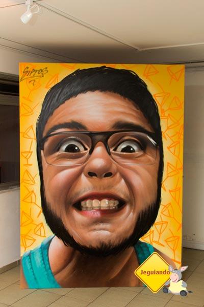 Arte do Sipros exposta no Telstar Hostels. Vila Mariana, São Paulo, SP. Imagem: Erik Pzado
