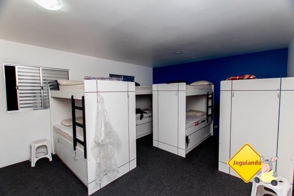 Dormitório coletivo do Telstar Hostels. Imagem: Erik Pzado