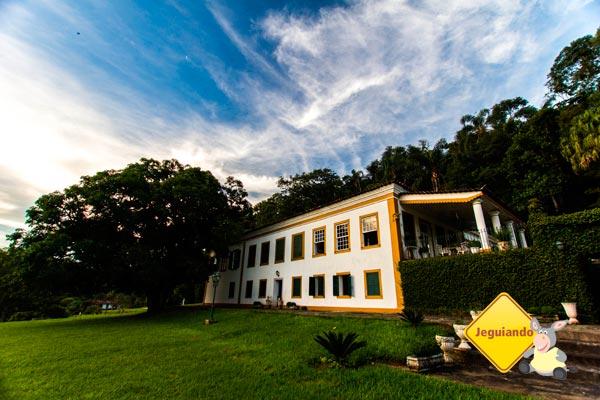 Casarão colonial. Fazenda Vista Alegre, Valença, Rio de Janeiro - Turismo histórico e de habitação. Imagem: Erik Pzado
