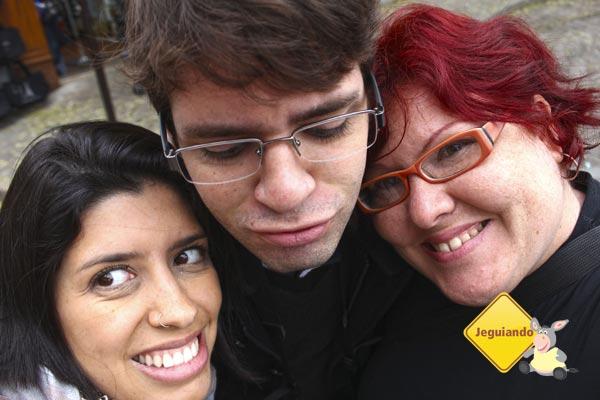 Sorrindo antes da conta de 45 euros cada! Imagem: Janaína Calaça