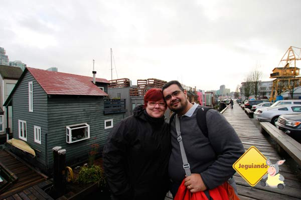 Escolhendo uma casinha para morar! =P Granville Island. Vancouver, BC. Imagem: Erik Pzado