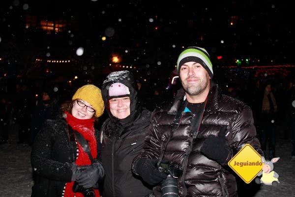 Pri, Jana e Ari antes do Fire & Ice Show. Whistler, Canadá. Imagem: Erik Pzado