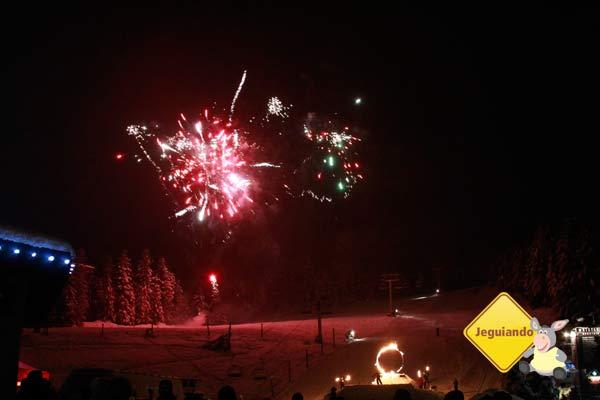 Show de fogos nas noites de inverno de Whistler. Imagem: Erik Pzado