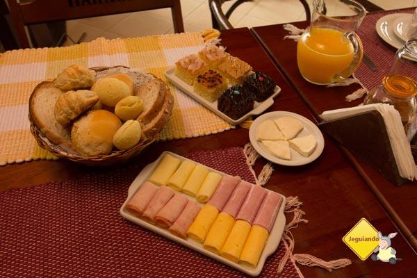 Café da manhã do Jardim das Montanhas. Monte Verde, MG. Imagem: Erik Pzado