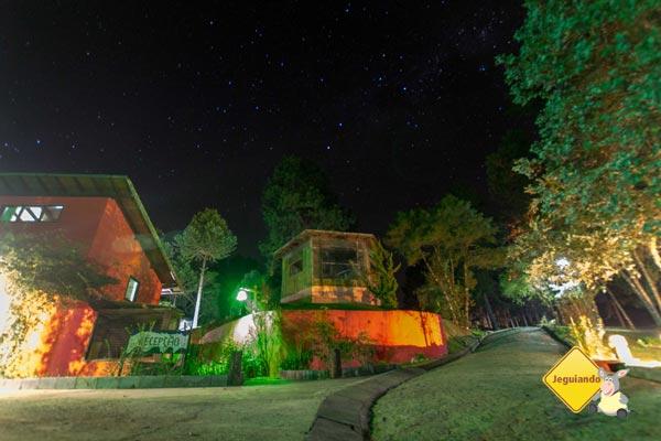 Pousada Jardim das Montanhas à noite, Monte Verde, MG. Imagem: Janaína Calaça